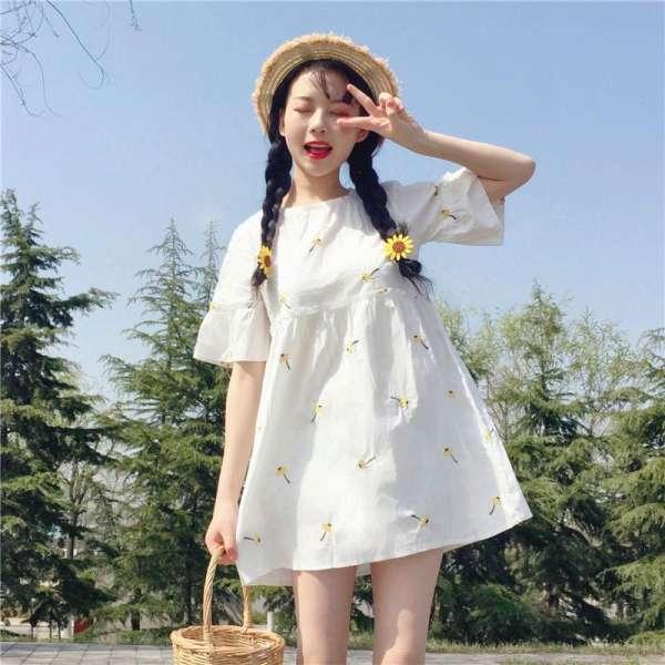 """Những mẫu váy đẹp """"nao lòng"""" xứng đáng được chị em đầu tư chưng diện hè 2020 - Ảnh 10"""