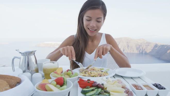 7 thực phẩm giúp bạn tỉnh táo tốt hơn cà phê - Ảnh 1