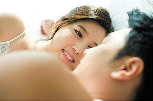 Dấu hiệu nhận biết chàng lần đầu 'yêu' chính xác 99% - Ảnh 2