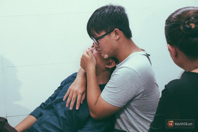 Vụ cô gái bị bạn trai cũ phân xác ở Sài Gòn: Chồng sắp cưới không đứng vững, liên tục gào khóc gọi tên người yêu trong tuyệt vọng - Ảnh 12