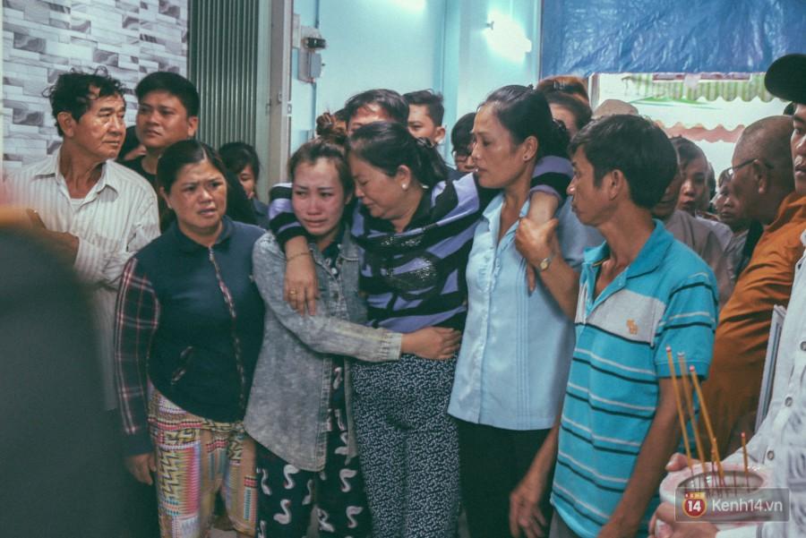 Vụ cô gái bị bạn trai cũ phân xác ở Sài Gòn: Chồng sắp cưới không đứng vững, liên tục gào khóc gọi tên người yêu trong tuyệt vọng - Ảnh 6