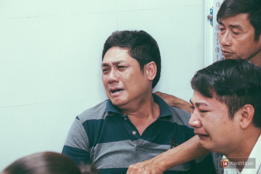 Vụ cô gái bị bạn trai cũ phân xác ở Sài Gòn: Chồng sắp cưới không đứng vững, liên tục gào khóc gọi tên người yêu trong tuyệt vọng - Ảnh 9
