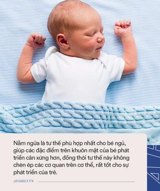 Đến tháng tuổi này mà trẻ vẫn nằm ngủ nghiêng cổ sang 1 bên thì cha mẹ chú ý đưa con đi khám ngay - Ảnh 3