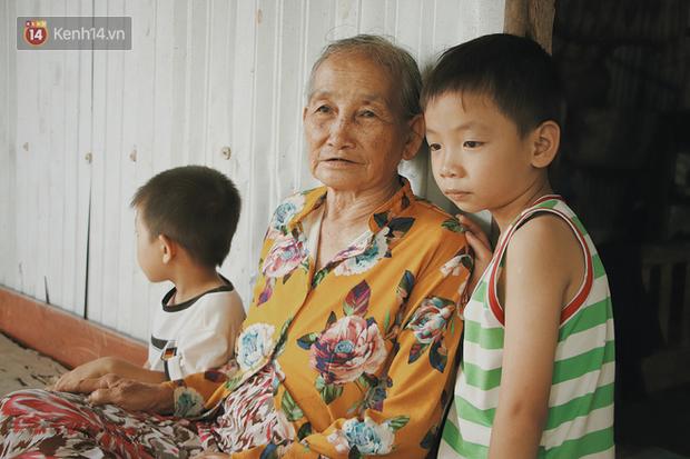 Bố mất, mẹ lặng lẽ bỏ đi khiến 2 đứa trẻ côi cút, đói ăn bên bà nội già yếu: 'Sao con không có bố mẹ như mấy bạn vậy nội' - Ảnh 19