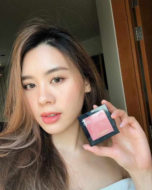 Cô bạn thân của Lisa ở Thái Lan: Nhan sắc đẹp chẳng kém idol, style đơn giản mà vẫn sexy 'hết nút' - Ảnh 4