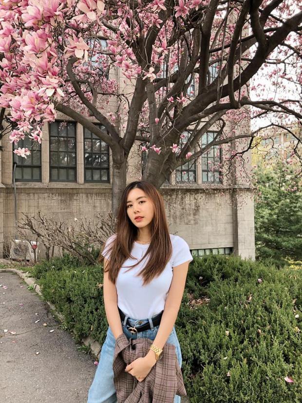 Cô bạn thân của Lisa ở Thái Lan: Nhan sắc đẹp chẳng kém idol, style đơn giản mà vẫn sexy 'hết nút' - Ảnh 8
