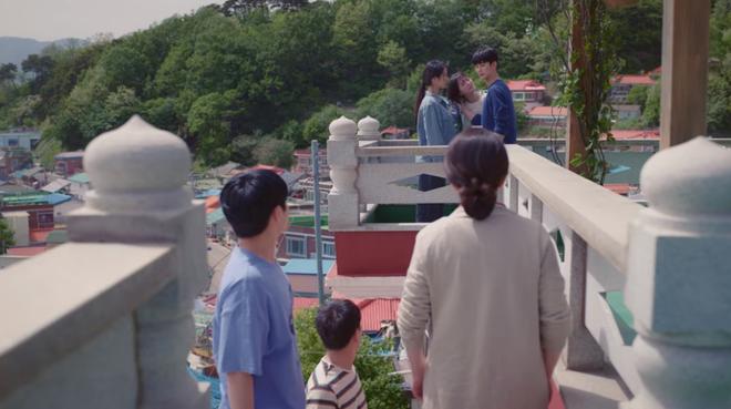 Đưa 'khùng nữ' Seo Ye Ji đi nhà nghỉ nhưng Kim Soo Hyun lại quên đem tiền ở Điên Thì Có Sao tập 5 - Ảnh 9