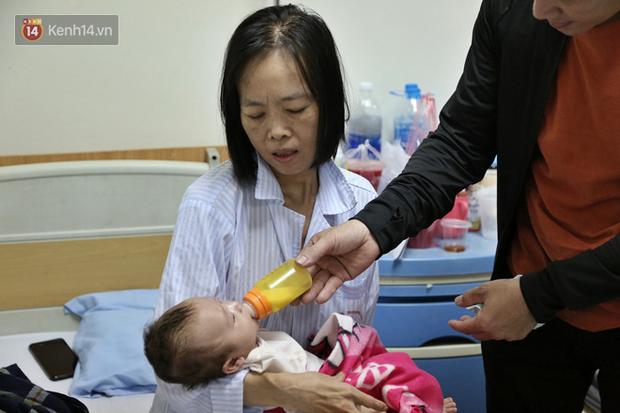 """Người mẹ ung thư thà chết không bỏ con và 3 lần phẫu thuật liên tiếp sau sinh: """"Bé sinh ra chẳng được giọt sữa mẹ nào"""" - Ảnh 1"""