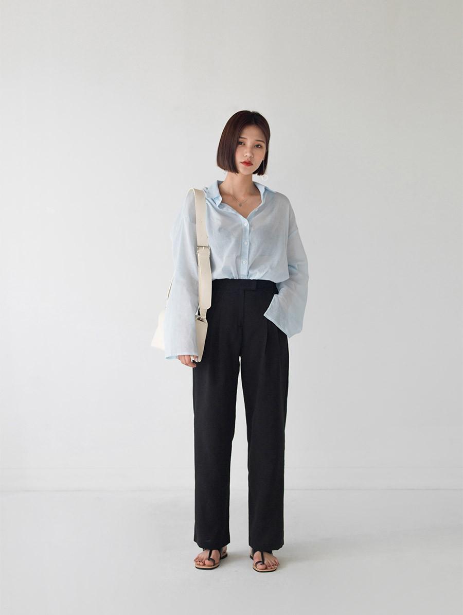 """Dù thời trang có xoay vòng thế nào, áo sơ mi vẫn là item """"hot bền vững"""" trong lòng mọi quý cô công sở - Ảnh 2"""