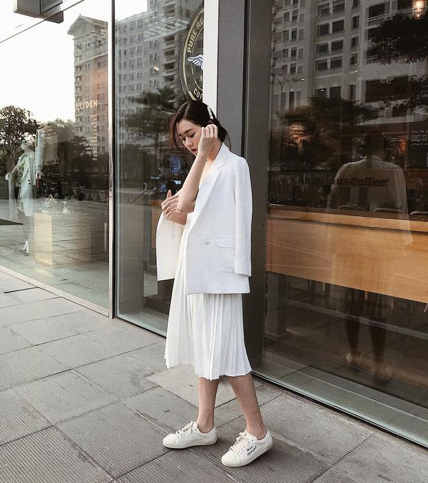 Nàng Á hậu được ví là 'bản sao của Hà Tăng': Style chỉ toàn màu đen - trắng nhưng sang chảnh như tiểu thư trâm anh thế phiệt - Ảnh 14