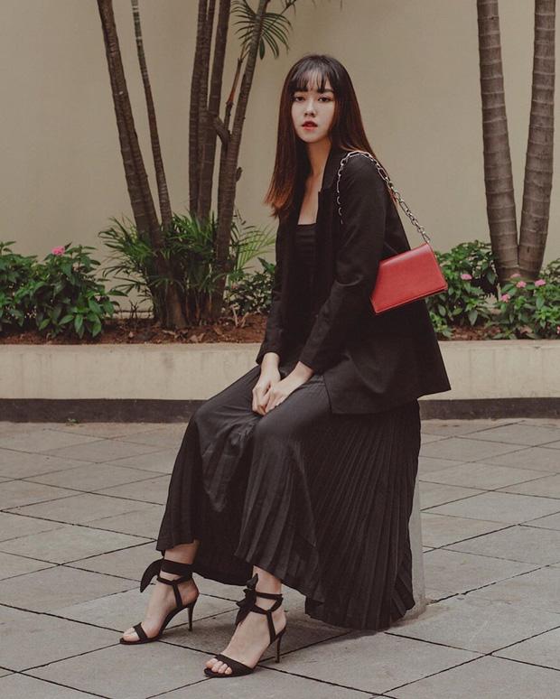 Nàng Á hậu được ví là 'bản sao của Hà Tăng': Style chỉ toàn màu đen - trắng nhưng sang chảnh như tiểu thư trâm anh thế phiệt - Ảnh 4
