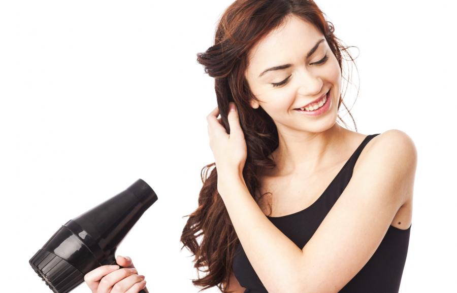 Sấy mà không chú ý đến các thói quen sau, chắc chắn tóc sẽ ngày càng xơ rụng - Ảnh 2