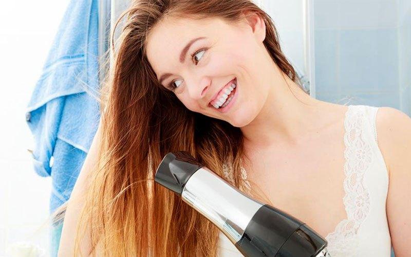 Sấy mà không chú ý đến các thói quen sau, chắc chắn tóc sẽ ngày càng xơ rụng - Ảnh 5