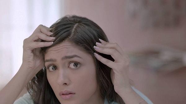 Sấy mà không chú ý đến các thói quen sau, chắc chắn tóc sẽ ngày càng xơ rụng - Ảnh 8