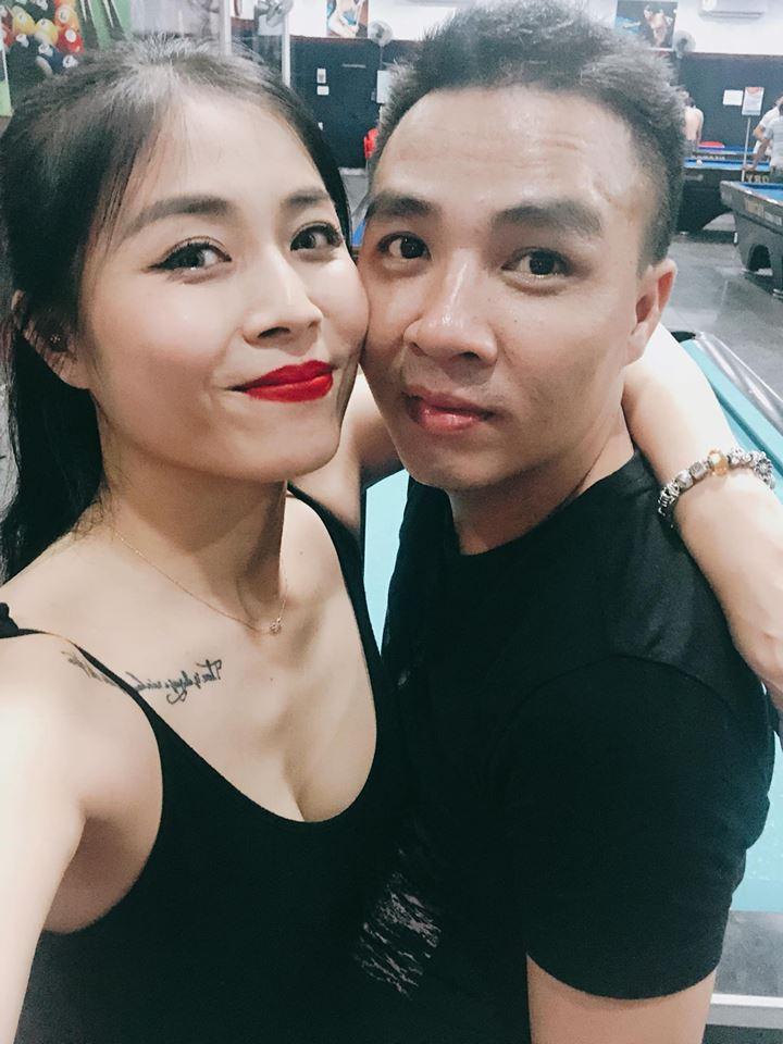 MC 'Chúng tôi là chiến sĩ' xinh đẹp, gợi cảm bên chồng điển trai - Ảnh 2
