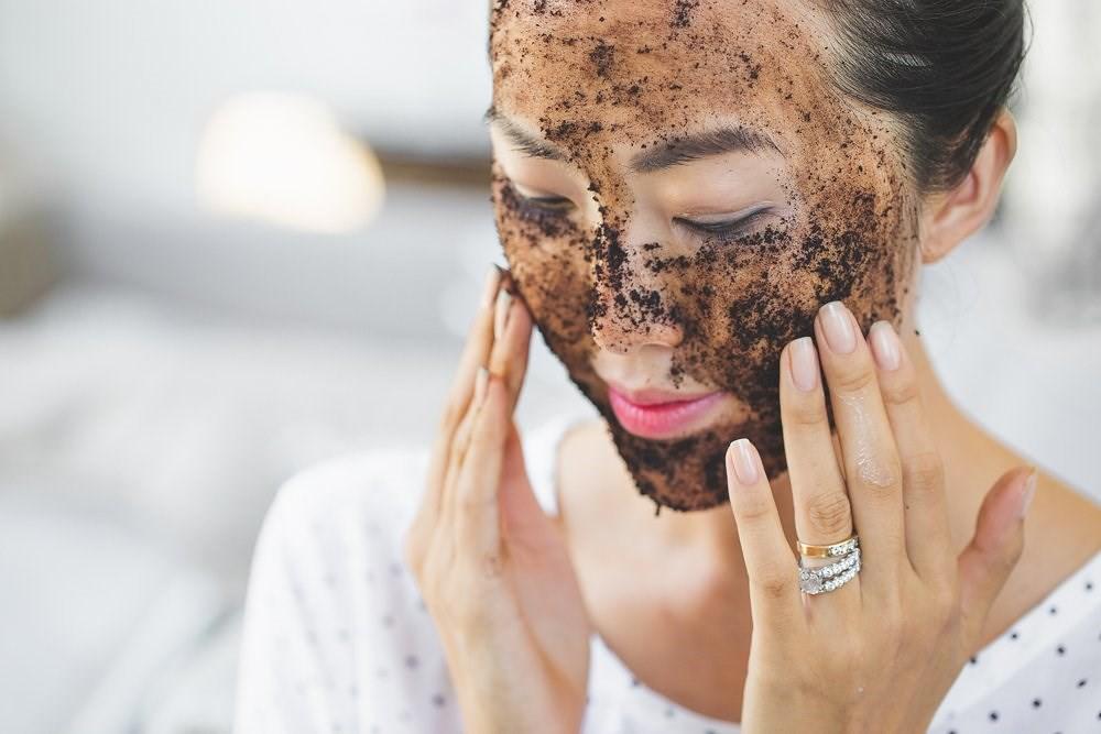 Nếu không muốn da đầy nếp nhăn, chảy xệ thì dân văn phòng nên duy trì những thói quen ngăn ngừa lão hóa này - Ảnh 4