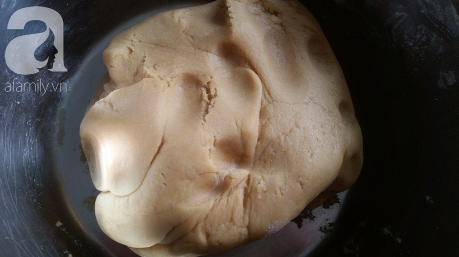 Tưởng không dễ mà dễ không tưởng: Làm bánh Trung Thu con cá đẹp lung linh! - Ảnh 2