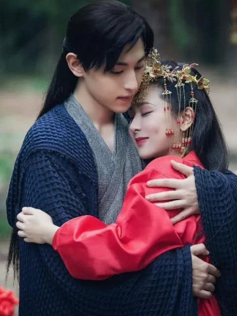 Sau 'Hương mật tựa khói sương', Đặng Luân và Dương Tử tái hợp trong 'Mười năm thương nhớ?' - Ảnh 2