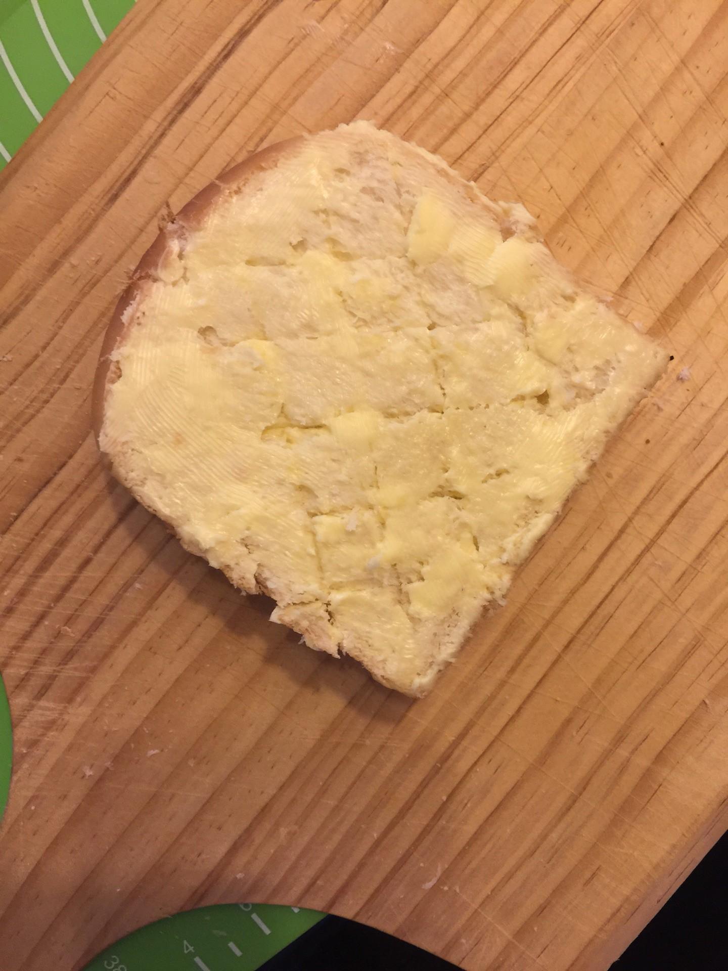 Biến tấu cực đơn giản và siêu nhanh là có món bánh mì siêu ngon ai ăn cũng mê - Ảnh 3