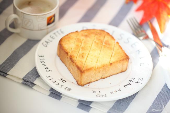 Biến tấu cực đơn giản và siêu nhanh là có món bánh mì siêu ngon ai ăn cũng mê - Ảnh 4