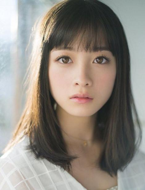 Dù sở hữu khuôn mặt tròn, dài hay vuông, phụ nữ chỉ cần cắt những kiểu tóc này sẽ đẹp ngay - Ảnh 4