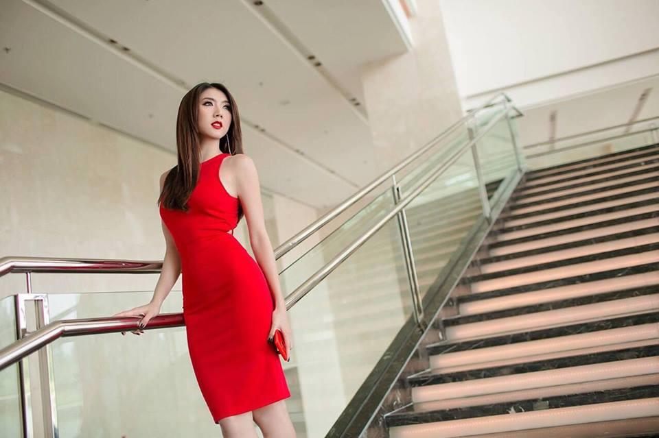 Cận cảnh vẻ đẹp siêu gợi cảm của Ngọc Quyên sau khi ly hôn chồng Việt kiều - Ảnh 3