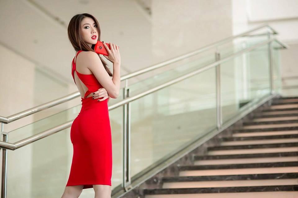 Cận cảnh vẻ đẹp siêu gợi cảm của Ngọc Quyên sau khi ly hôn chồng Việt kiều - Ảnh 4