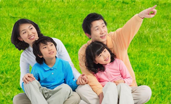 10 điều bố mẹ nên dạy con cái về tình yêu: Chỉ khi biết sớm những điều này, cuộc sống mới trở nên hạnh phúc - Ảnh 1