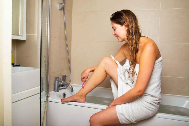 6 sai lầm lớn khi tắm rửa trong mùa lạnh khiến làn da bạn trở nên xấu xí - Ảnh 4