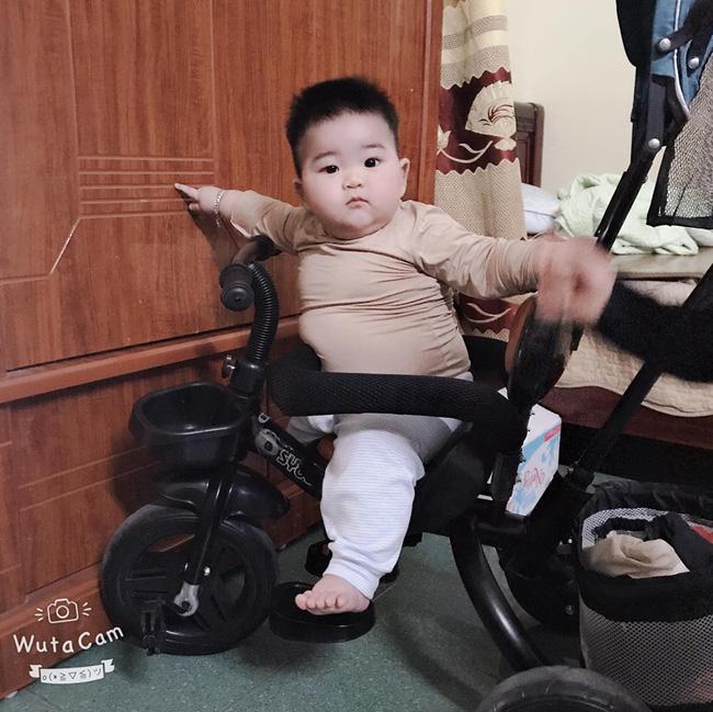 Con mới 9 tháng tuổi đã nặng 14kg, khi được hỏi bí quyết nuôi con, mẹ trẻ tiết lộ điều khó tin - Ảnh 2
