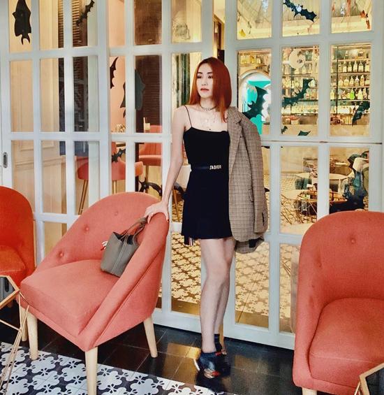 Mix áo khoác mùa thu như sao Việt - Ảnh 3