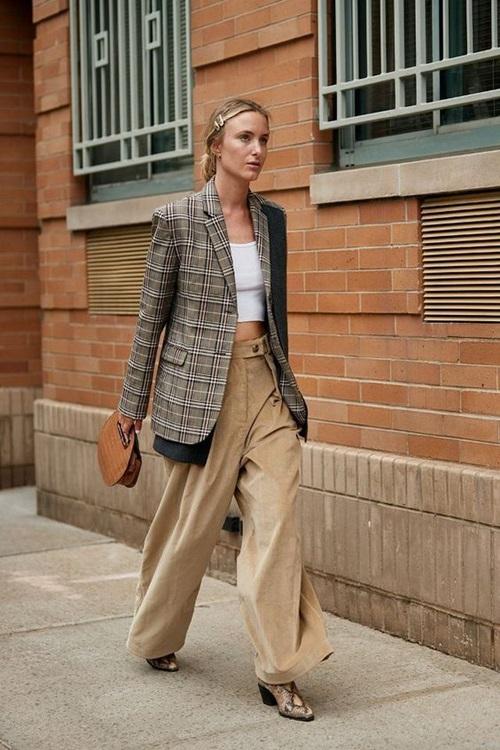 4 chiếc blazer giúp nữ công sở mặc đẹp cả năm - Ảnh 9