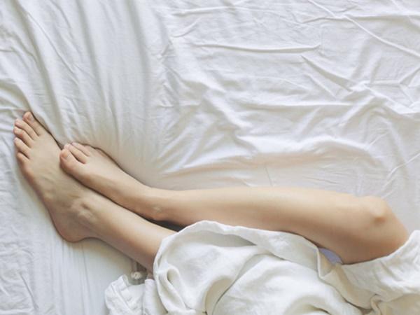 4 nguyên nhân không ngờ khiến vùng kín của con gái thường xuyên bốc mùi - Ảnh 1