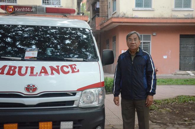 Chuyện về người phụ nữ bỏ tiền mua xe cứu thương và người đàn ông vượt gần 2.000 cây số ra Hà Nội làm tài xế miễn phí cho bệnh nhân nghèo - Ảnh 5