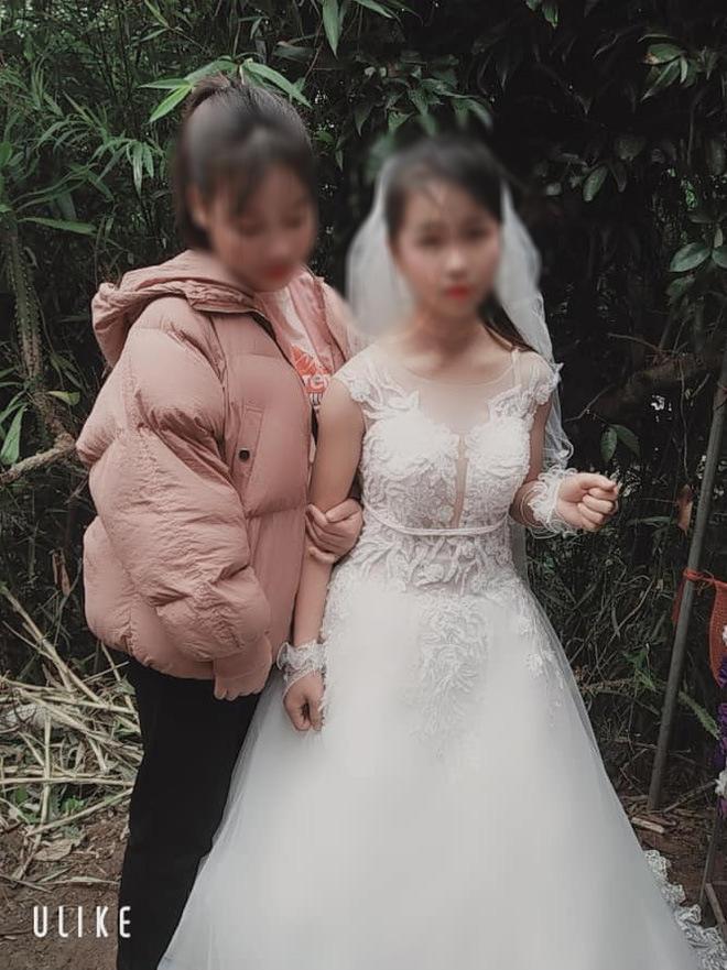 Dân mạng bất bình trước bức ảnh bé gái Sơn La mới 14 tuổi đã trở thành vợ người ta - Ảnh 2