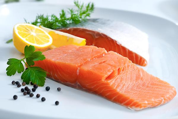 Top 8 loại thực phẩm 'vàng' giúp trẻ 'lớn nhanh như thổi' mẹ nên cho bé ăn ngay - Ảnh 4