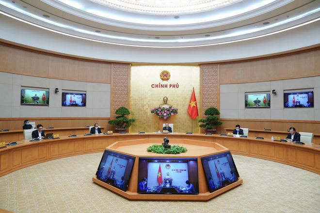 Thủ tướng: Tiếp tục triển khai mạnh mẽ các giải pháp cách ly xã hội đến ngày 15/4 - Ảnh 1