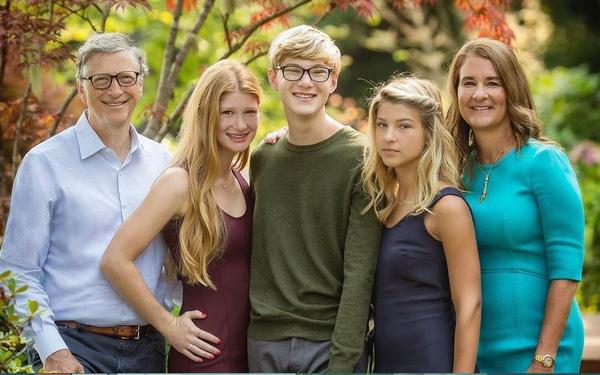 """Tỷ phú Bill Gates dạy con: """"Chọn bạn đời còn quan trọng hơn chọn nghề"""" - Ảnh 1"""