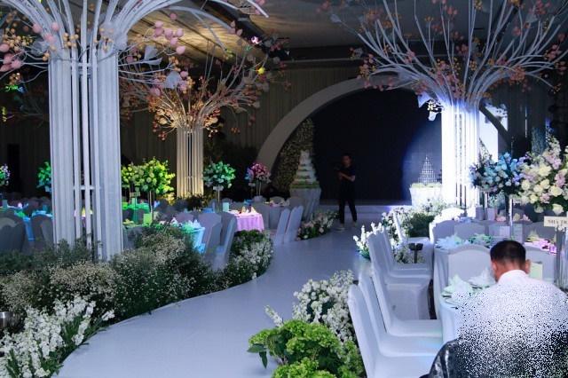 Ai cũng choáng khi ngó thực đơn tiệc cưới hoành tráng của Diệp Lâm Anh với chồng thiếu gia - Ảnh 5