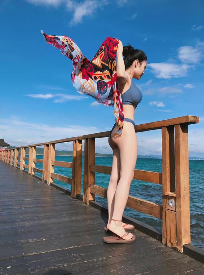 Mới sinh con 7 tháng nhưng ca nương Kiều Anh vẫn 'đốt mắt' dân mạng với hình ảnh diện bikini cực nóng bỏng! - Ảnh 2