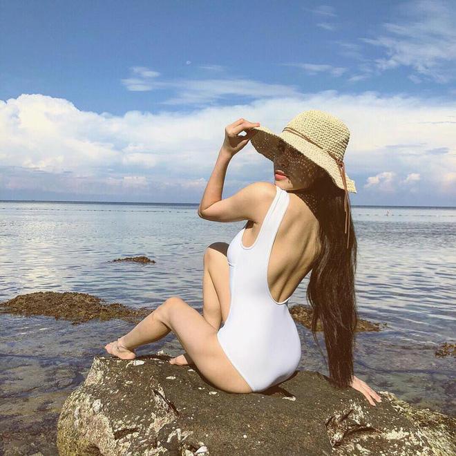 Mới sinh con 7 tháng nhưng ca nương Kiều Anh vẫn 'đốt mắt' dân mạng với hình ảnh diện bikini cực nóng bỏng! - Ảnh 3
