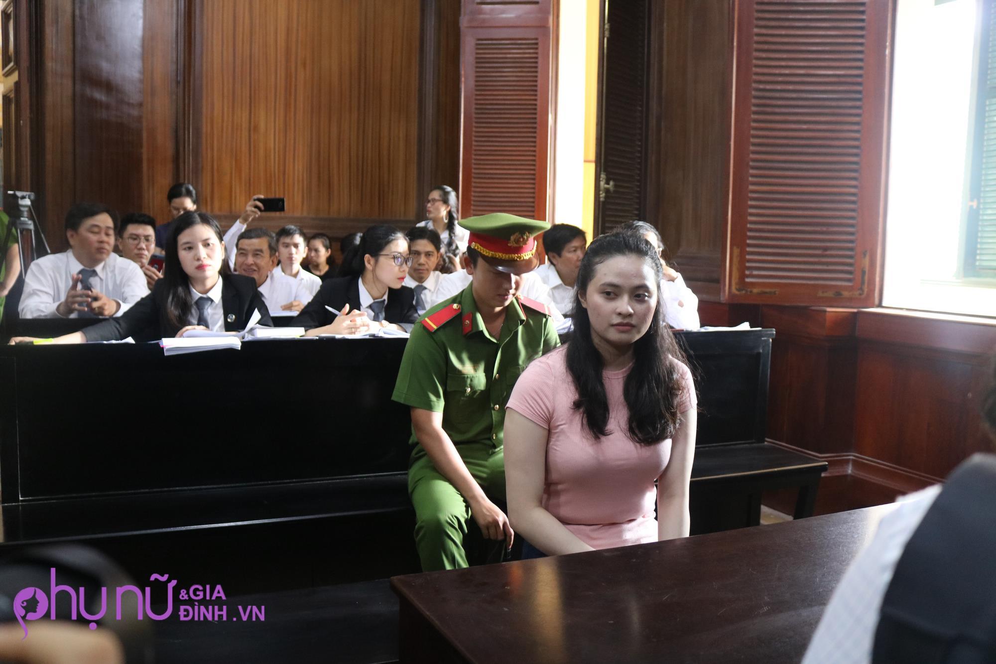 Bất ngờ với nhan sắc hiện tại của hot girl Ngọc Miu - người tình của ông trùm ma túy sau nhiều tháng ngồi tù - Ảnh 5