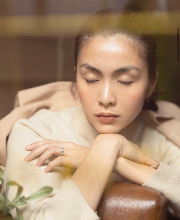Loạt ảnh mới bảo chứng thần thái đỉnh cao của Hà Tăng, nhẫn cưới trên ngón áp út nàng dâu nhà tỷ phú gây chú ý - Ảnh 1