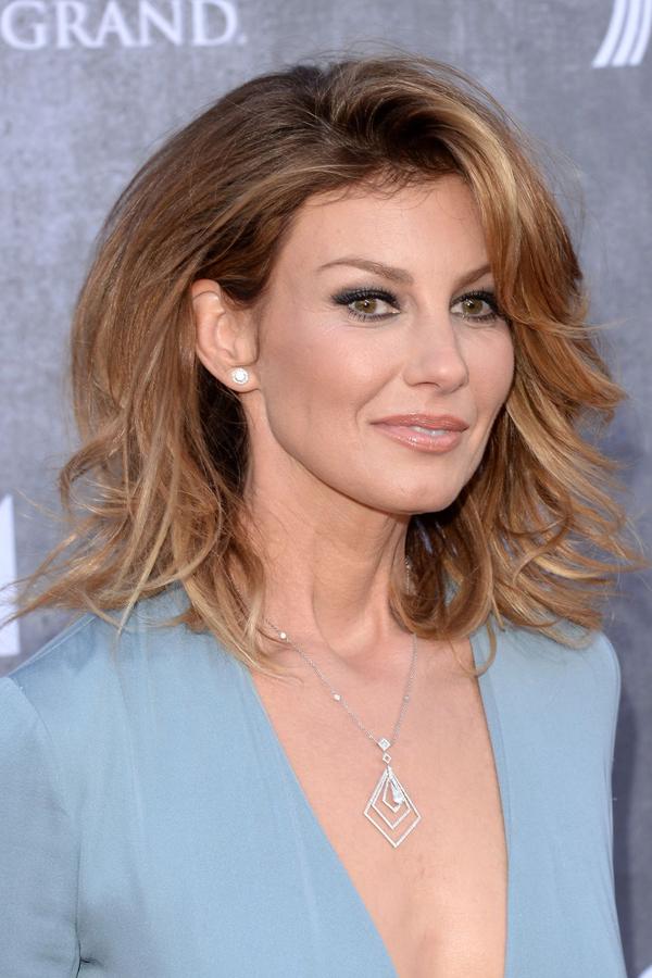 10 gợi ý tạo kiểu tóc quý phái cho phụ nữ ngoài 50 - Ảnh 5