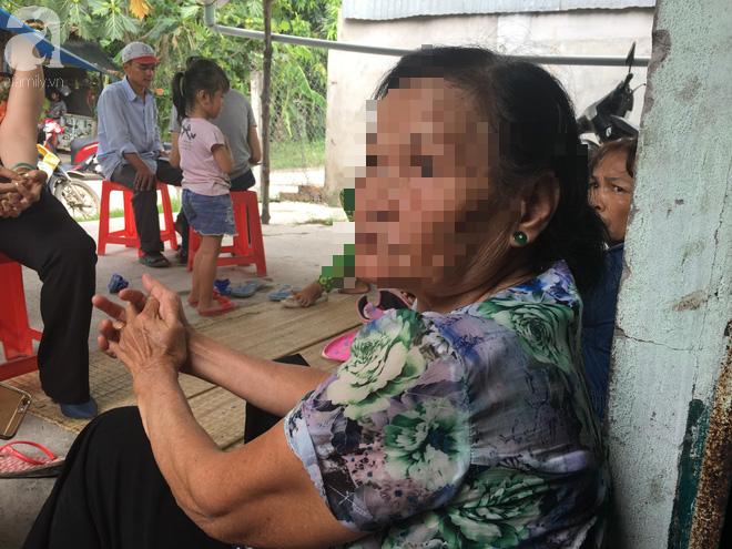 Bà nội bé gái 10 tuổi nghi bị bố ruột hiếp dâm nhiều lần ở Long An: Con bé sợ cả nhà bị bố giết nên nào dám kể cho ai nghe - Ảnh 8