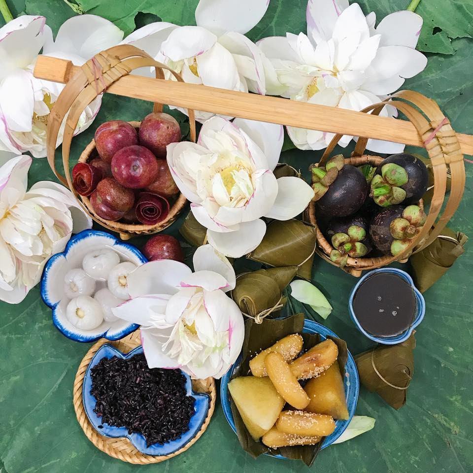 Học ngay Hot Facebooker Tô Hưng Giang cách chọn mận ngon ngọt dày cùi cực chuẩn cho ngày Tết Đoan Ngọ - Ảnh 1