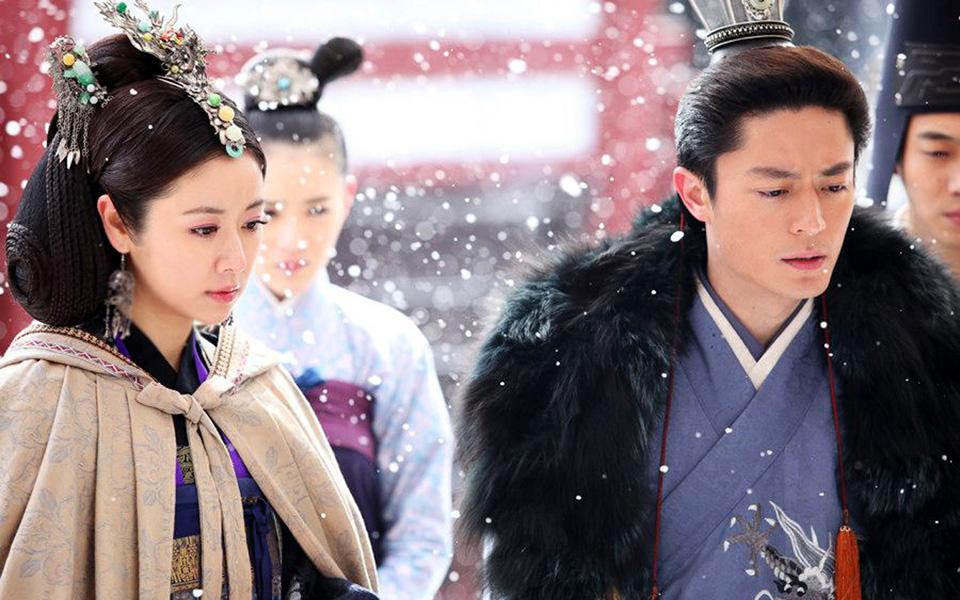 Những cặp đôi phim giả tình thật được yêu mến nhất màn ảnh nhỏ Hoa ngữ - Ảnh 2
