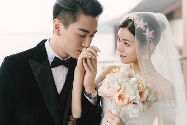 Những cặp đôi phim giả tình thật được yêu mến nhất màn ảnh nhỏ Hoa ngữ - Ảnh 8