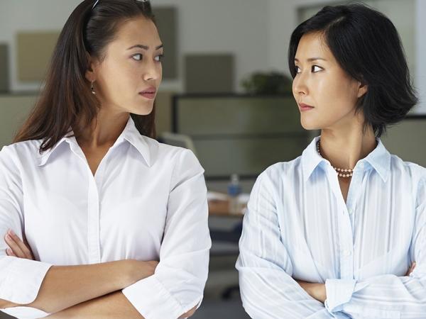 12 lỗi nguỵ biện giao tiếp chị em nên nằm lòng để tranh luận cho sang lại không mang tiếng 'cãi cùn' - Ảnh 3