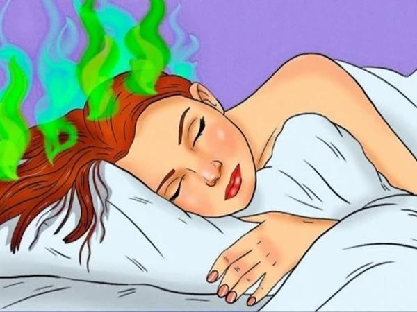 7 lý do vì sao bạn không bao giờ nên để tóc ướt đi ngủ - Ảnh 1